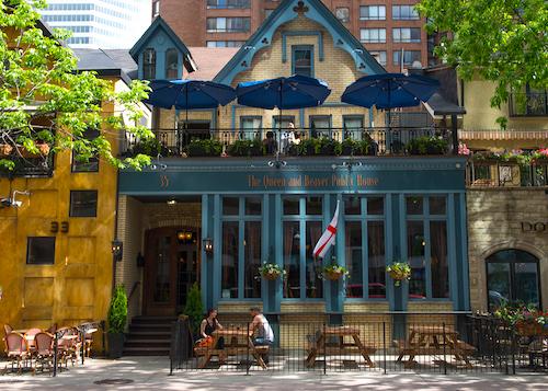 pub in Toronto
